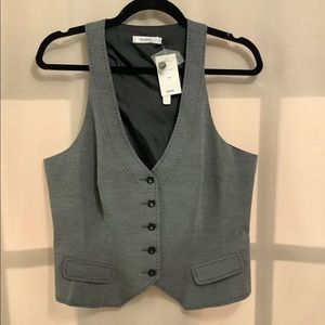 Ricki's NWT fitted menswear style vest with front buttons and faux pockets